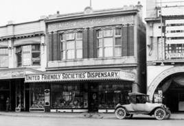 UFS Dispensary - Courtenay Place, 1923. R P Moore Collection, Alexander Turnbull Library (Reference PA6-017)